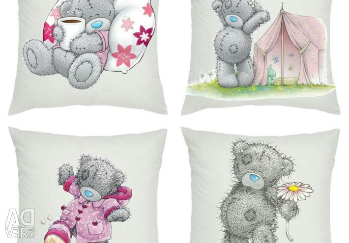 Cushions with pillows