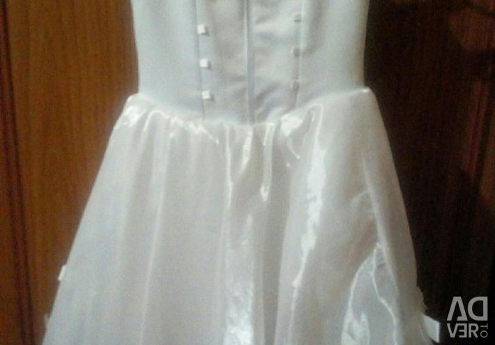Dress for girls 5 years.