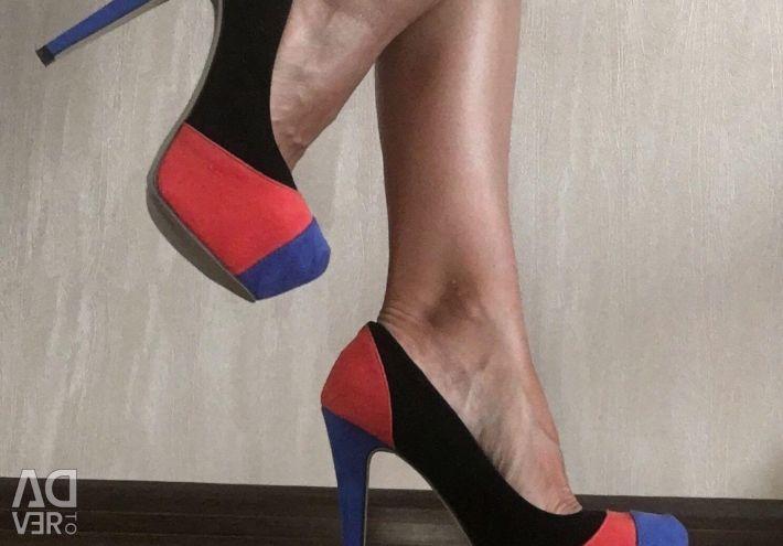 Нові туфлі Centro