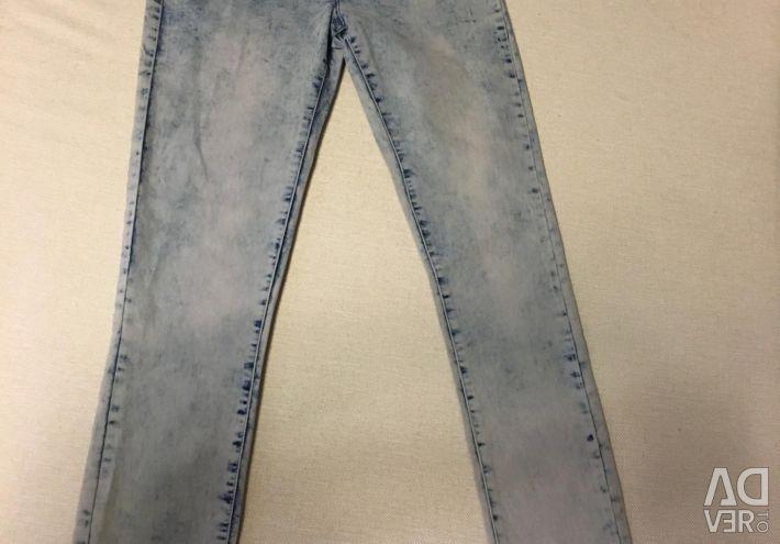 Noi jeans pentru fete