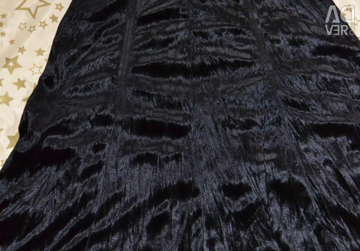 Skirt-cliche made of velvet and guipure