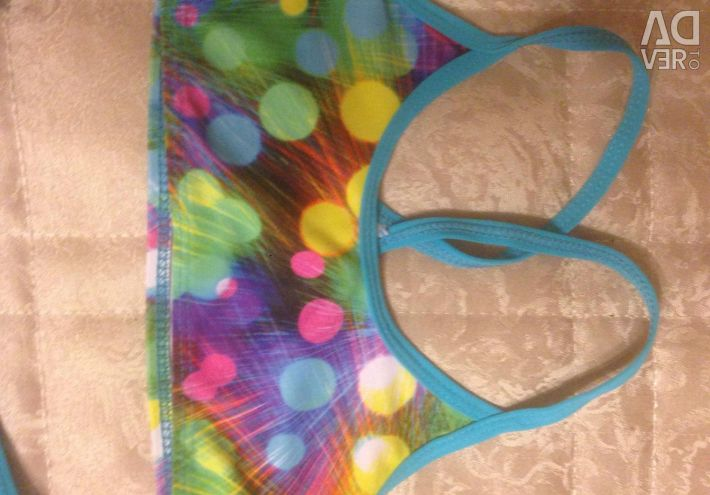 Comfortable, bright swimsuit. Height 110-116