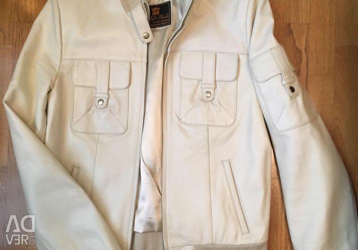 Куртка шкіра разм М на високий зріст