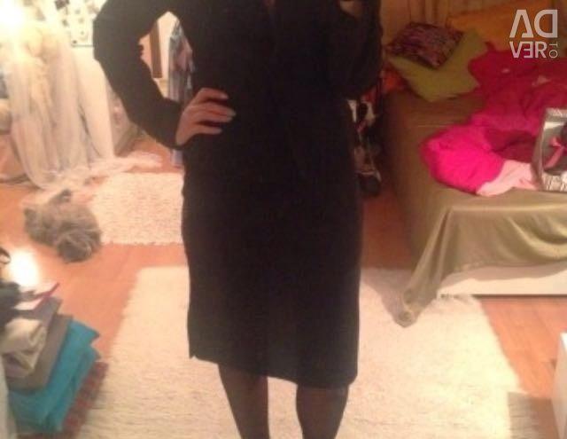 Classic black skirt below the knees