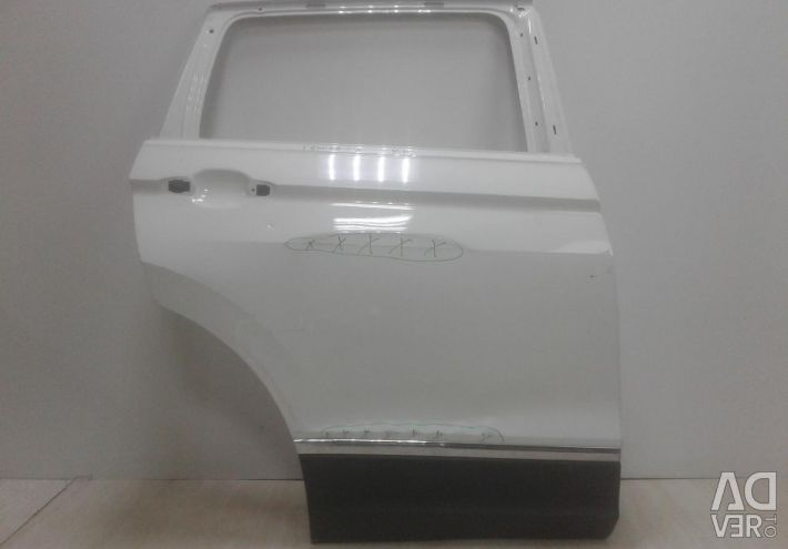 Door back right Volkswagen Tiguan 2 oem 5NA833056H (dents) (skl-3)