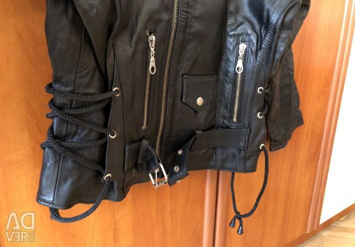 Косуха/куртка для мальчика на 6-8 лет