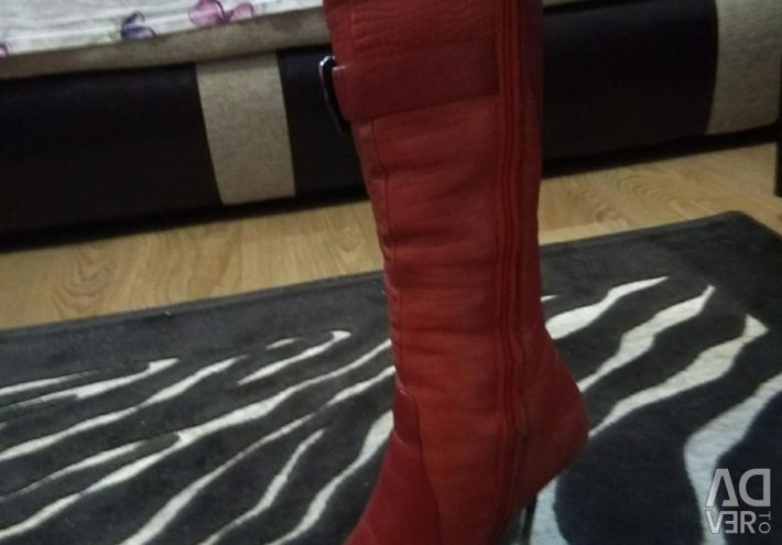 Natural Winter Boots size 36