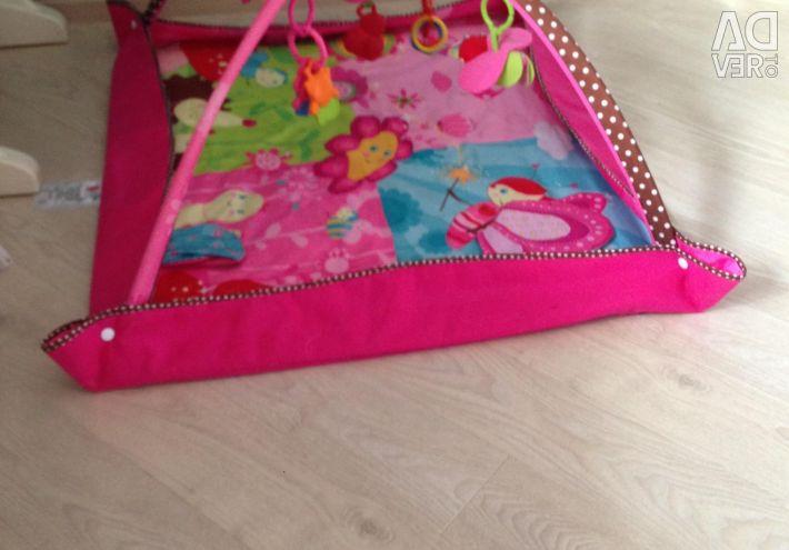 Musical Move & Play Tiny Princess Rug