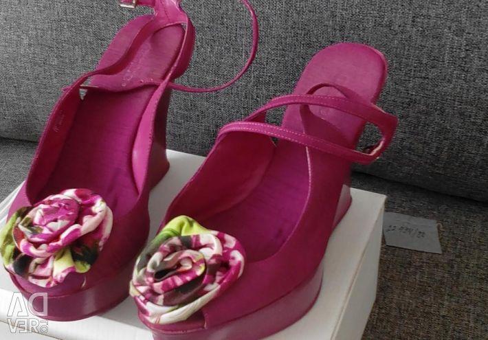 38 size women's sandals