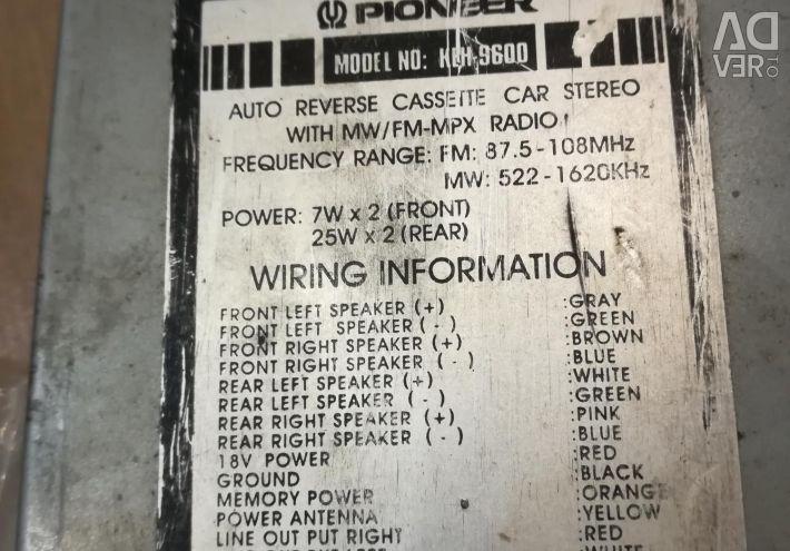 Pioner radio cassette player