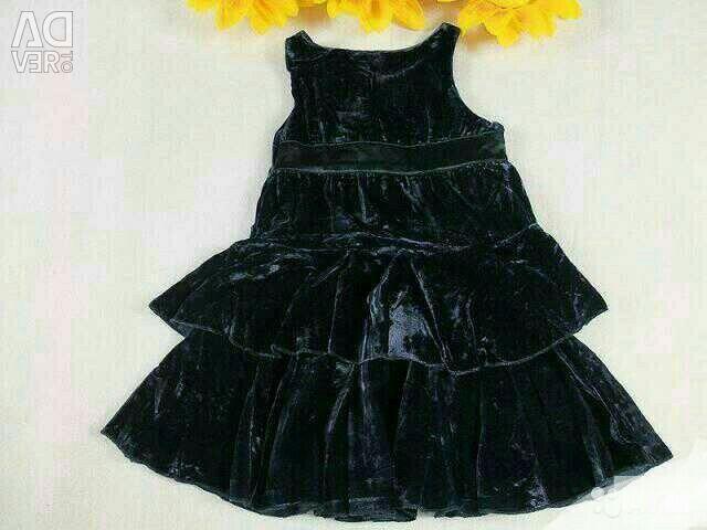 New dress Monnalisa p. 6 years. 120 cm original
