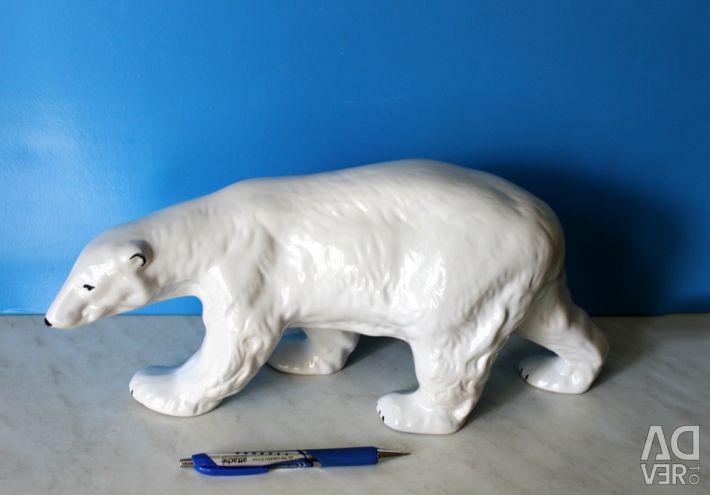 Фарфоровая статуэтка Белый медведь 1
