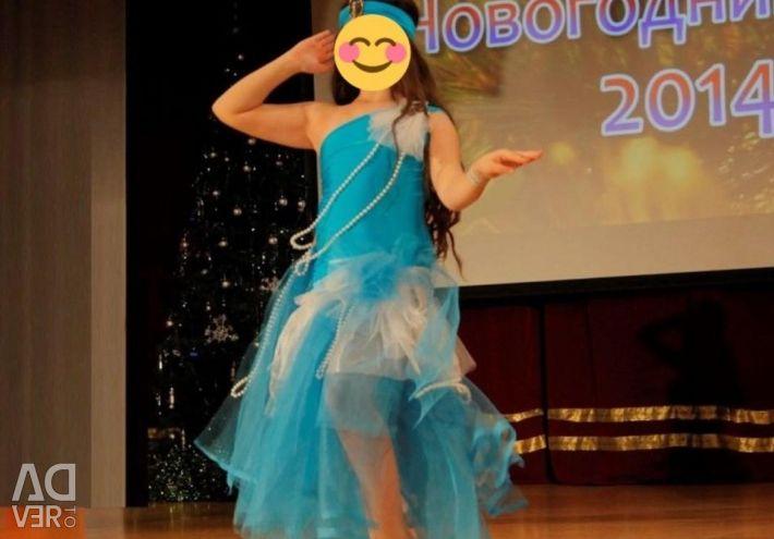 Costum oriental pentru fete.