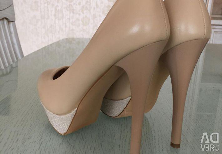 Παπούτσια р.35 κατάσταση του νέου