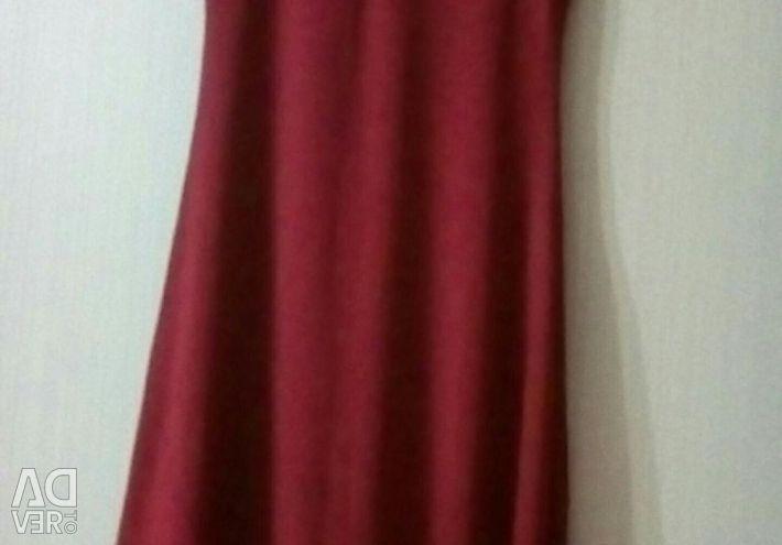 Платье 44-46р.