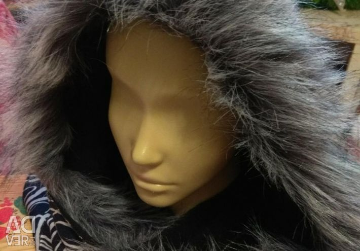 Hood with fur instead of a hat ?