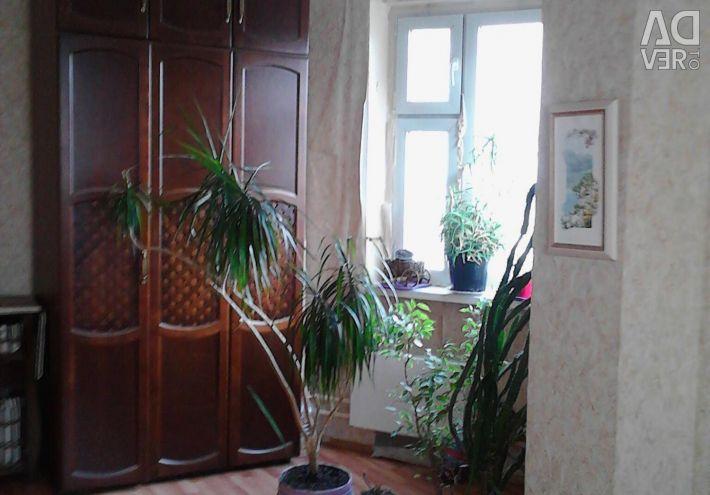 Квартира, 3 комнаты, 77.8 м²