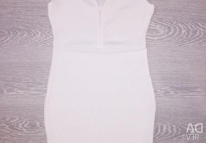 Νέο εντυπωσιακό λευκό φόρεμα
