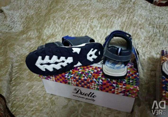Sandale noi și 31 (20)