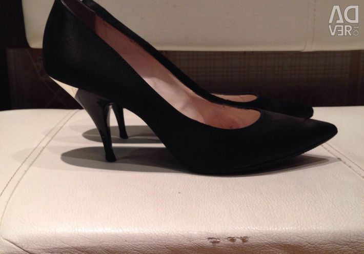 GE Black GEOX Stiletto Heels Italia 🇮🇹 38