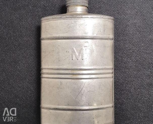 Flask Military 40. su şişesi