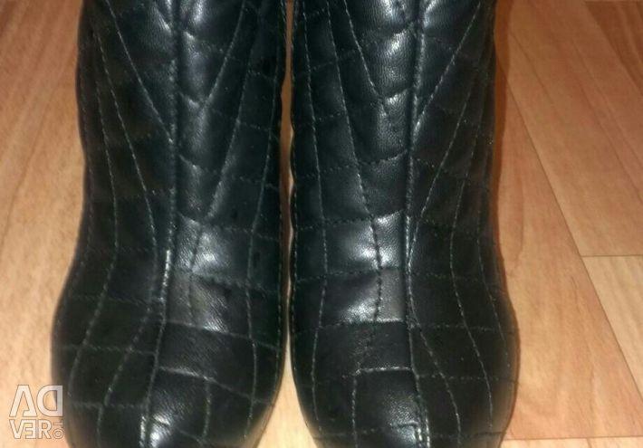 Ayak bileği botları, bot