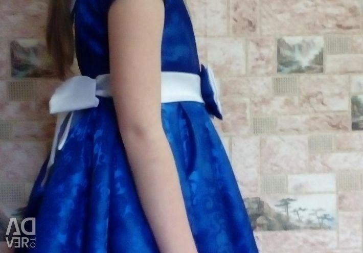 Φόρεμα vypusknova