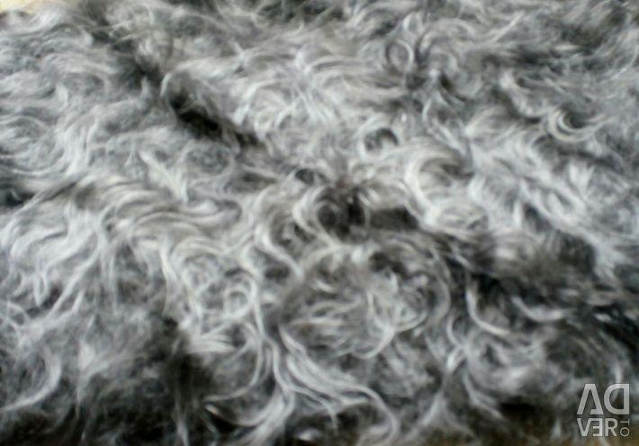 Downy kerchief