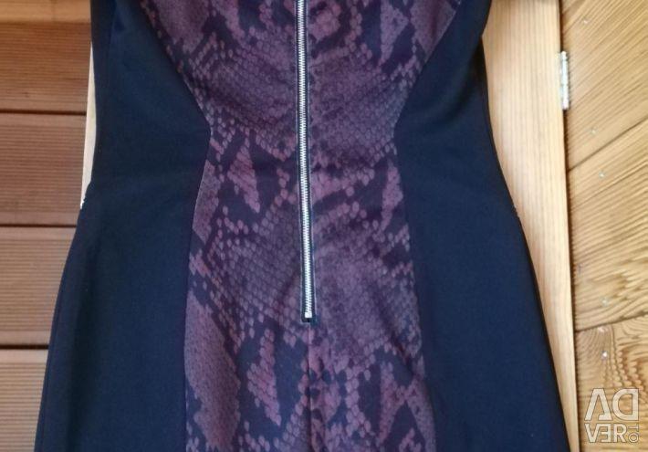 Красивое платье для офиса Karen Millen
