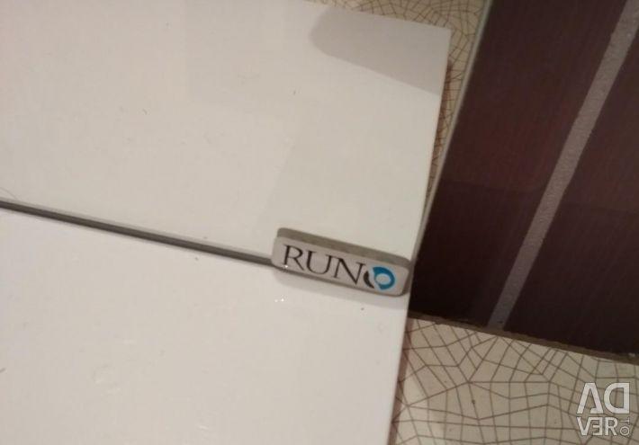 Навесное зеркало Runo с полочкой 50*73