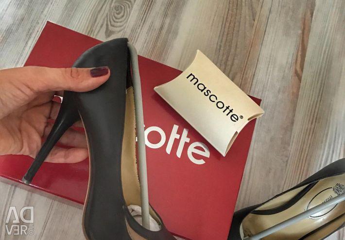 Genuine mascotte shoes, size 38