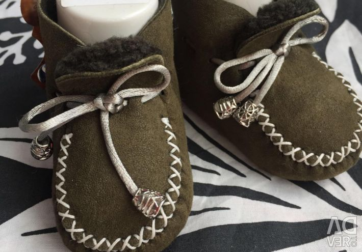 Booties new sheepskin different sizes