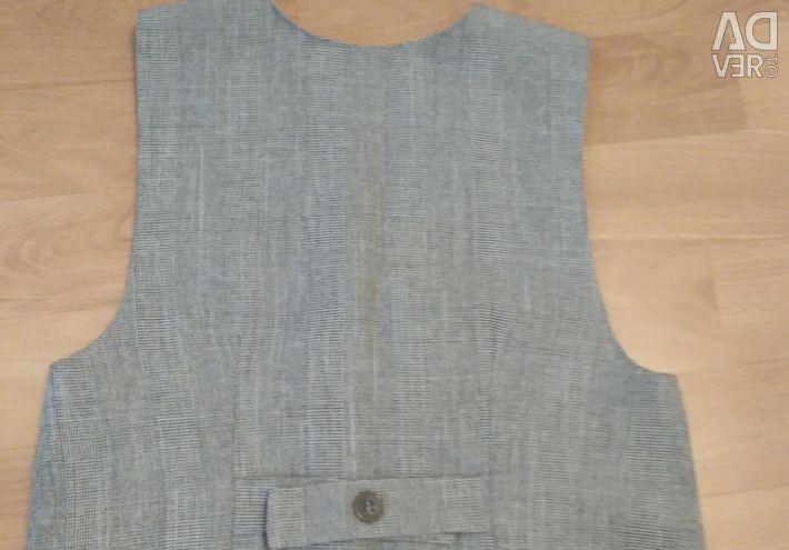 Costum din trei piese (vesta, tricou, pantaloni)