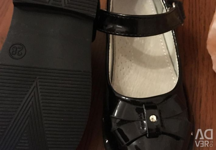 Новые туфли кожа/лак