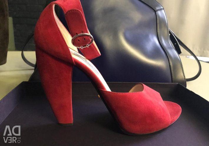 Pantofi Prada