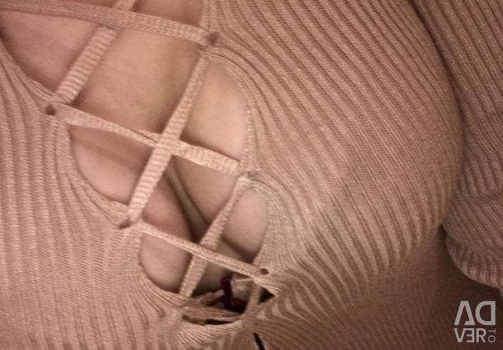 Ribbed dress with lacing