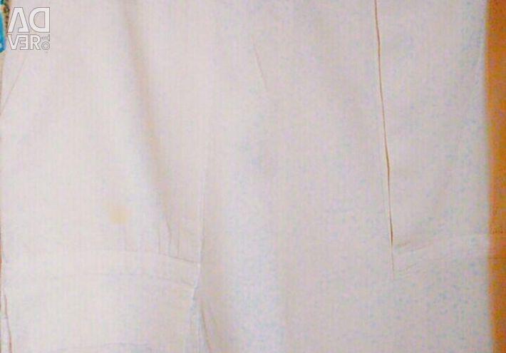 Штани білі, шорти