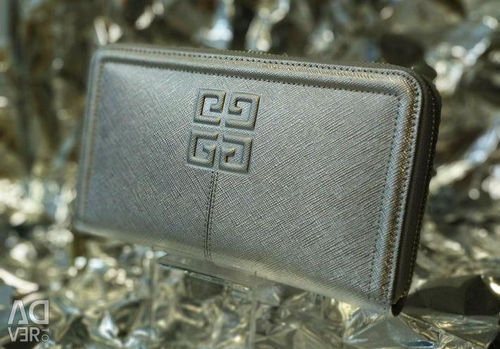 Clutch wallet female