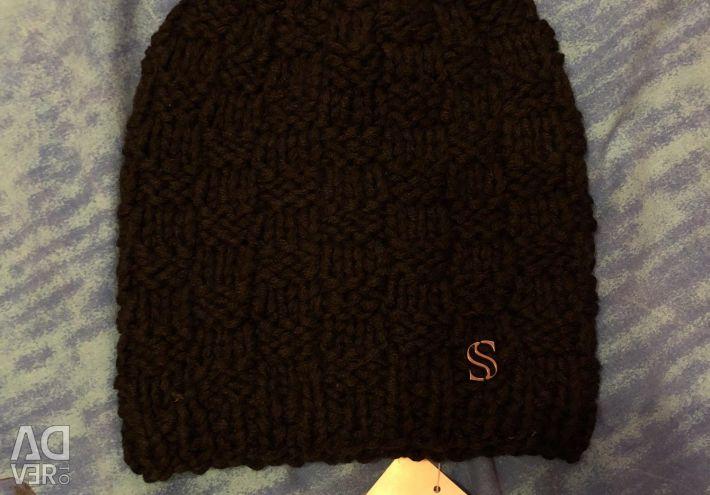 New cap on fleece