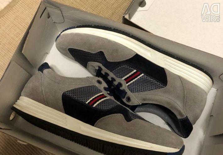 Sneakers for men CORSO COMO 42 size