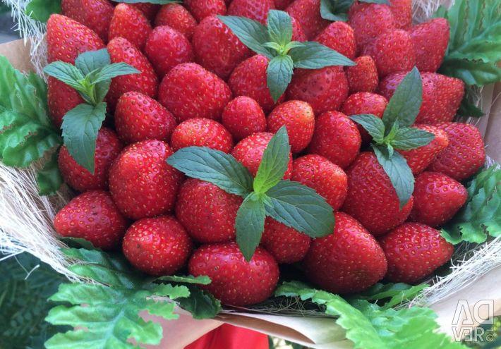 Buchet de căpșuni