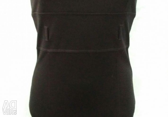 Όλα 350r! Μικρά μαύρα φορέματα