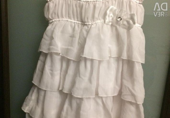 Beautiful white dress r.122-128
