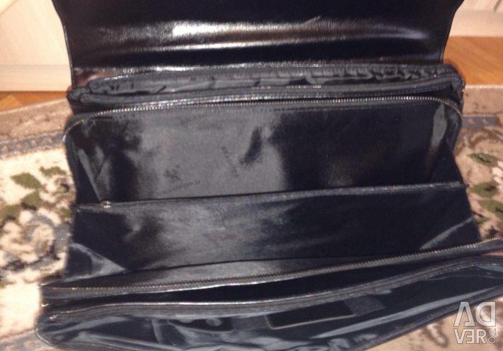 Mens bag for documents NEW, bargaining ?