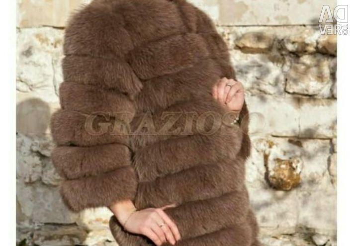 Transforming fur coat