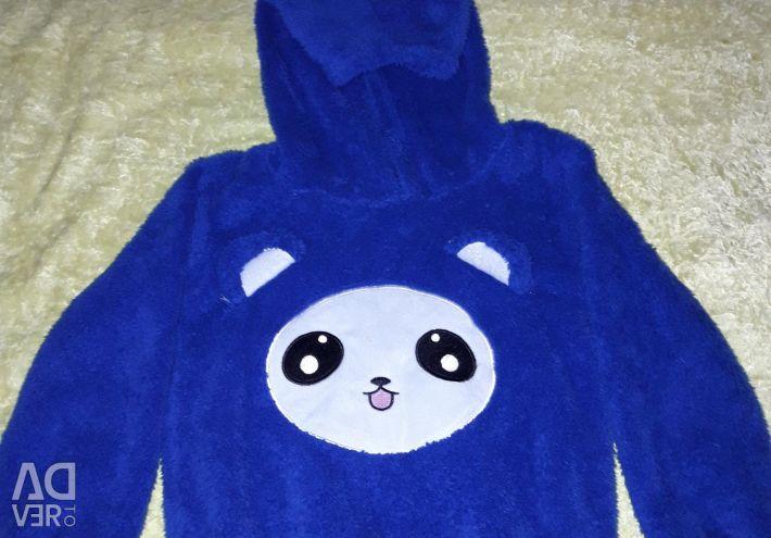 Sweater with panda