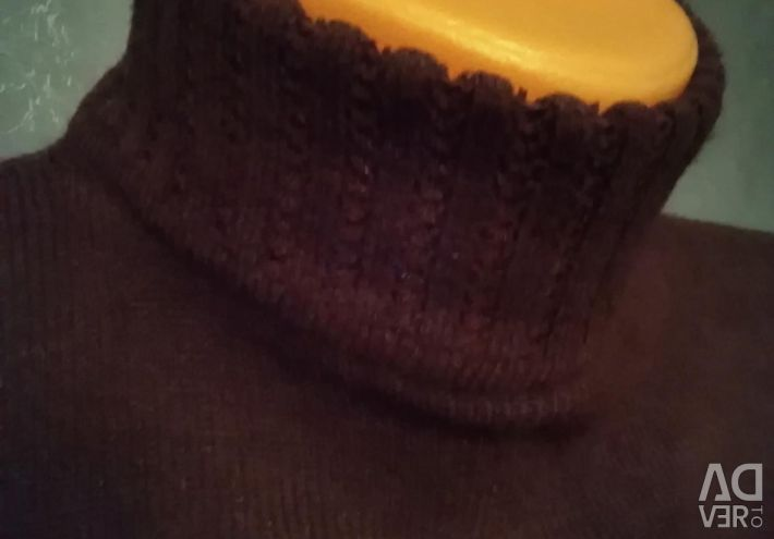 Sweater with a neck a polo-neck warm 40-42 size