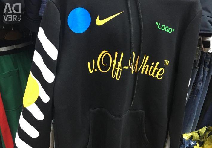 Υπόλευκο μπλούζα μαύρο