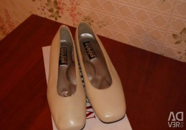 Pantofi de curte culoarea de cafea cu lapte 24 cm