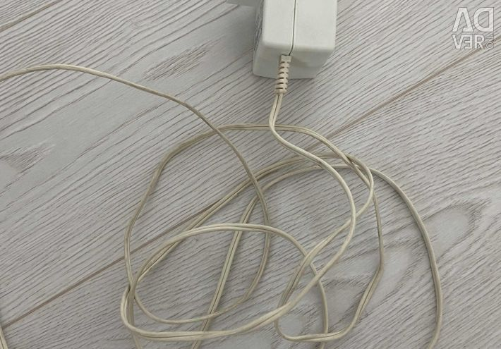 Power adapter (charger)